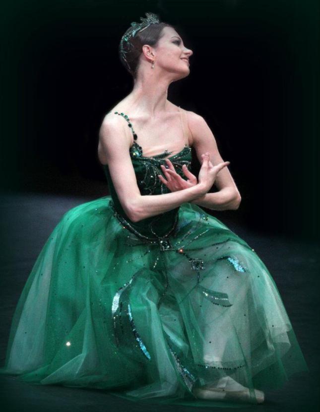 """Nina Kaptsova, """"Emeralds"""" from """"Jewels"""" choreography by George Balanchine, Bolshoi Ballet"""