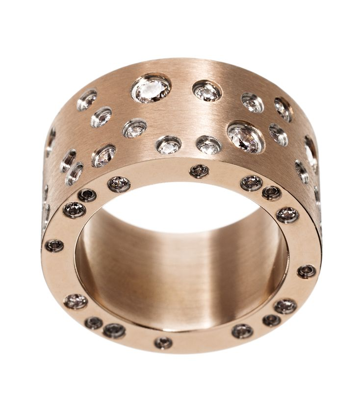 Edblad ring.