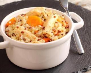 Quinoa aux carottes et poulet : http://www.fourchette-et-bikini.fr/recettes/recettes-minceur/quinoa-aux-carottes-et-poulet.html