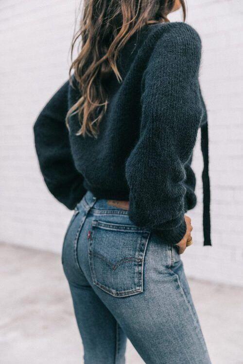 High waisted denim + sweater.