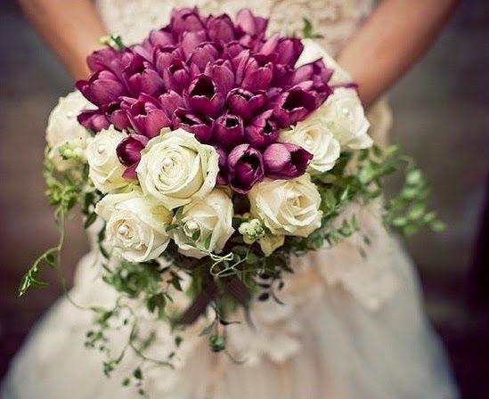 Ιδανικό λουλούδι μαζί με τριαντάφυλλα για γάμους σε νυφική ανθοδέσμη το χειμώνα επειδή προτιμά το κρύο.