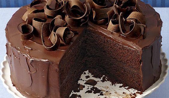Τούρτα σοκολάτας πανεύκολη