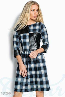 Расклешенное клетчатое платье фото 1