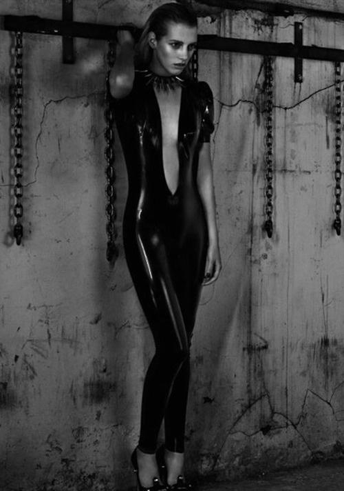 sexwoche zeitschrift fetisch kostüm