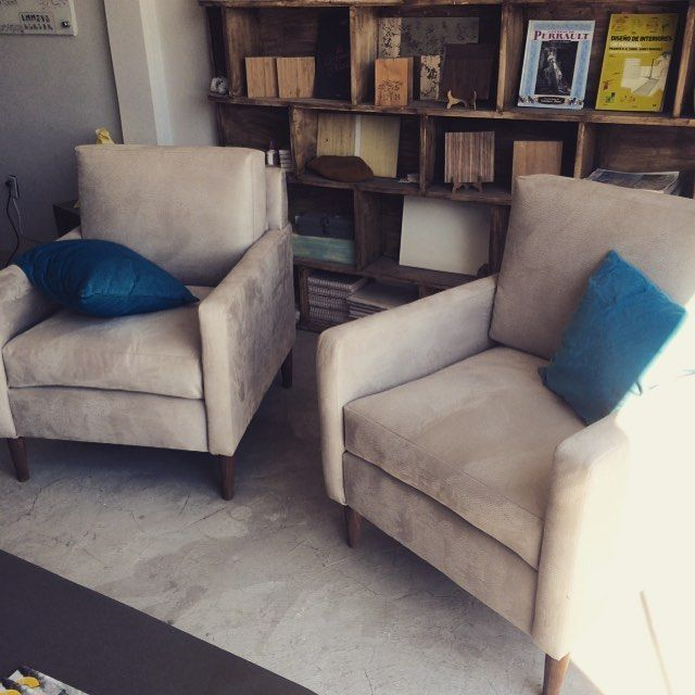 Una más! Sillones individuales en tela Ruanda #juriquilla #qro #carpinteria #tapiceria #interiordesign #ideas #home #decore #forniture #fabrics