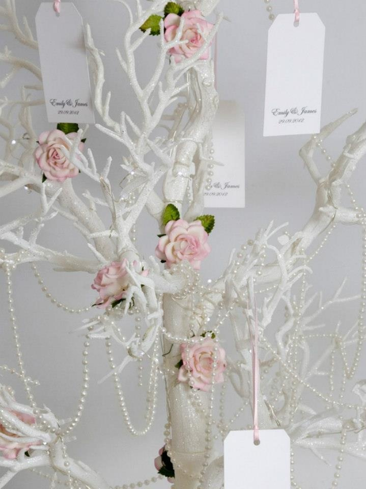 White #wishingtree with touches of blush/pink, so very cute #wedding decor