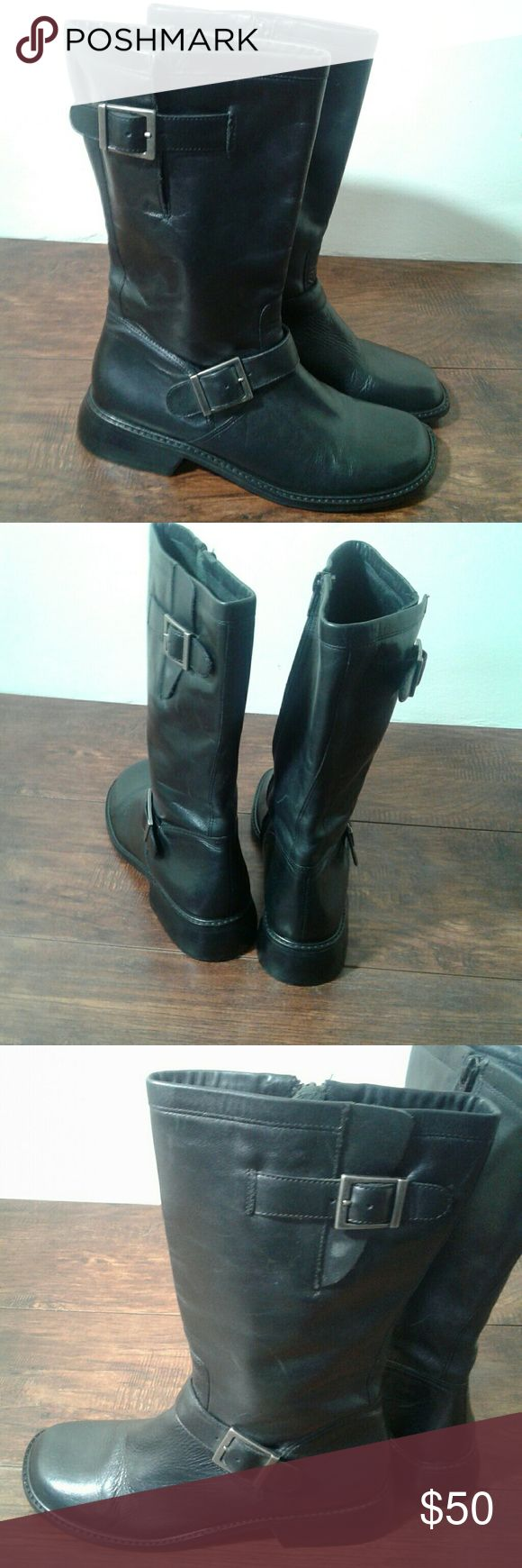 Donald j pliner black leather   moto boots Black Donald j pliner leather moto boots Size:8.5 Condition:used light wear but overall in good condition comes from a smoke free home  Accept paypal  payment must be made within 2 days of auction ending  please note this item is used  Thank you Donald J. Pliner Shoes Combat & Moto Boots