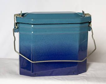 Vintage French Enamelware Lunch Box from the 1950's, Functional, Good Condition, with Internal Tray and Original Rubber Seal, Ombre Effect