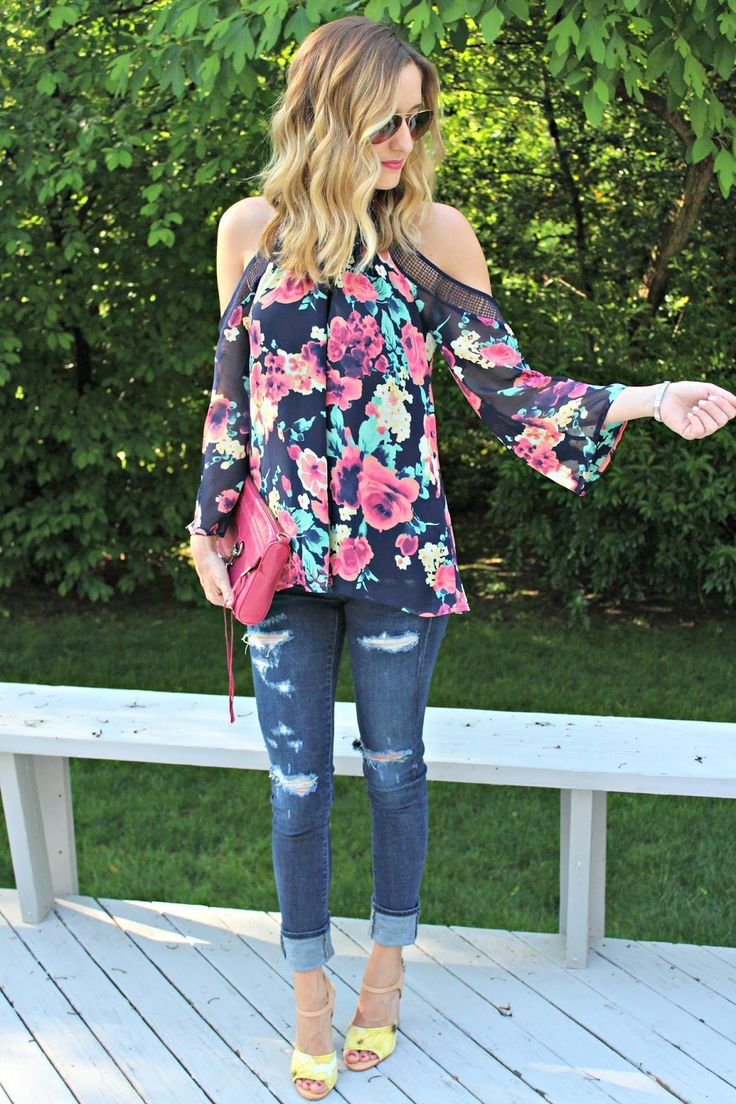 floral blouse via stitch fix Sign up for Stitch Fix: https://www.stitchfix.com/referral/3205440