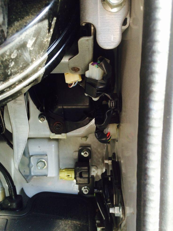 サンバーバンのヘッドライト球を交換してみました! | レンタカーのテラモレンタカー