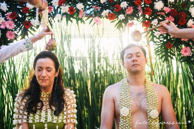 Alex & Lila who tied the knot in Sydney, Australia. They also wished to have a traditional wedding in Indonesia.    Here is what they must do to complete the traditional wedding.    Siraman is a traditional wedding routine in Indonesia particularly in Java.    Photography by Mario JR
