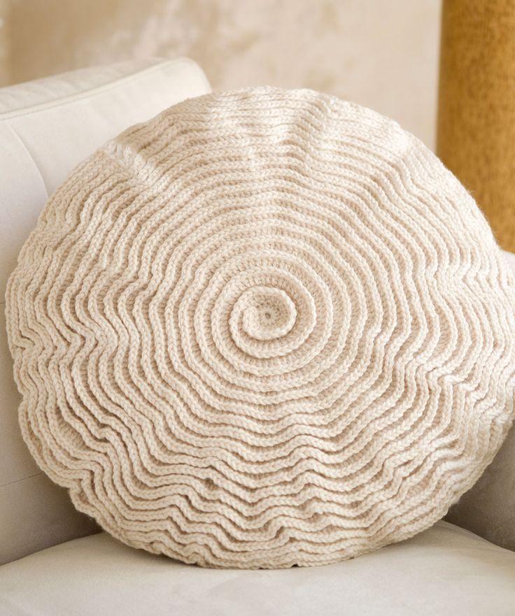 Ruffle Rose Pillow: Rose Pillows, Pillows Patterns, Redheart, Crochet Ruffle, Crochet Pillows, Free Patterns, Crochet Patterns, Ruffles Rose, Red Hearts