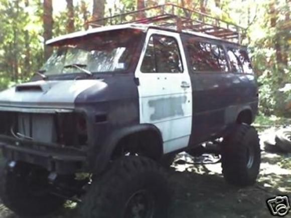 V8 VAN SIX WHEEL AND 4X4