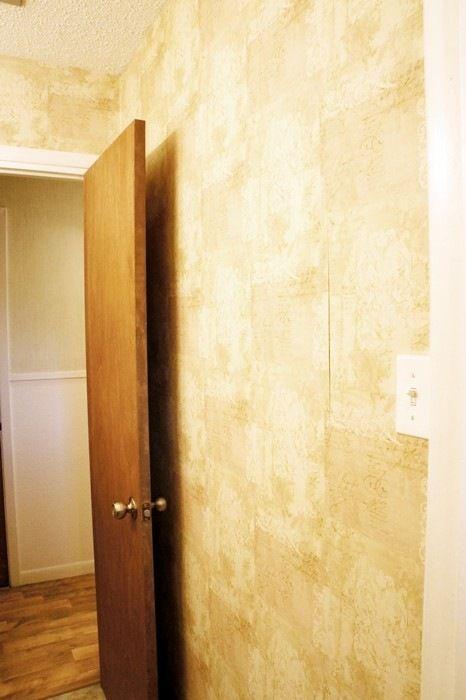 How to Easily Remove Wallpaper {DIY Tutorial Diy