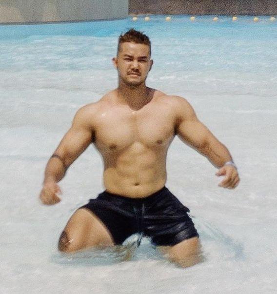 Pin by Dan Ip on Asian bodybuilders | Muscle men, Greek