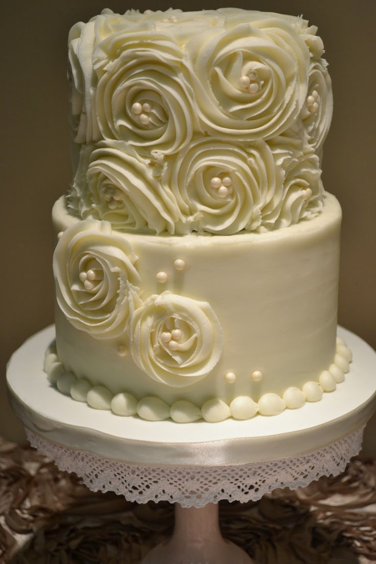 This Rosettes And Pearls Wedding Cake Has Buttercream