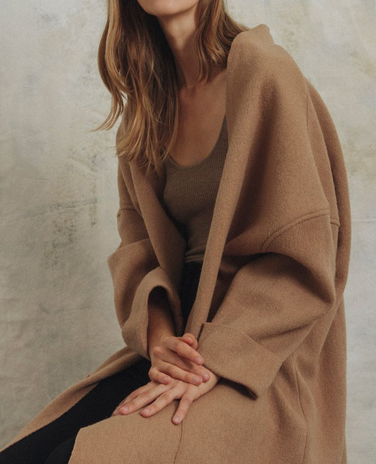 Volume and texture are key in FW16's knit selection. Ryan Roche, Soyer, Ulla Johnson, and Permanent Collection offer lush textures in a neutral palette for maximum comfort and ease. Shop the edit below.