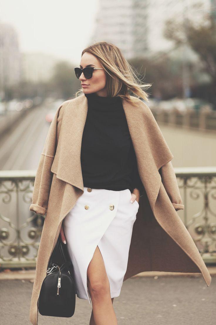 #blacksweater #camelcoat