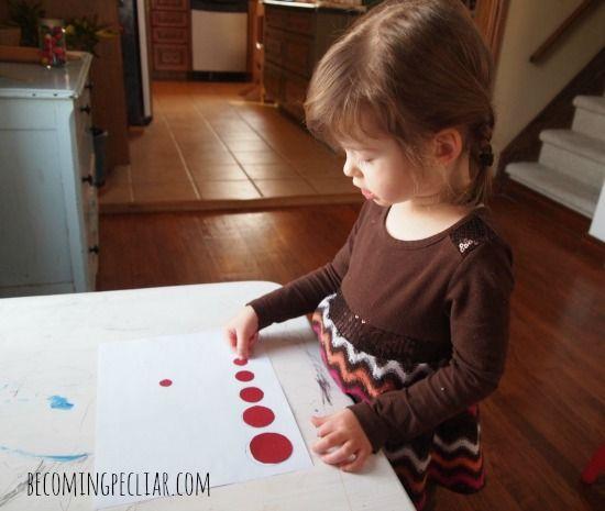Actividades Montessori para un niño de dos años de edad,