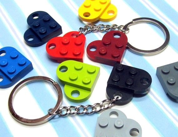 Choose Your Own Colors – Heart Keyring made from Genuine LEGO® Heart Pieces – ONE KEYCHAIN