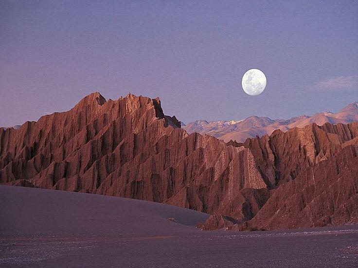 Visite o Chile e conheça San Pedro de Atacama. Conheça o Termas de Puritama, Salar de Atacama, Valle de la Luna, Complejo Turistico Tatio Mallku e mais