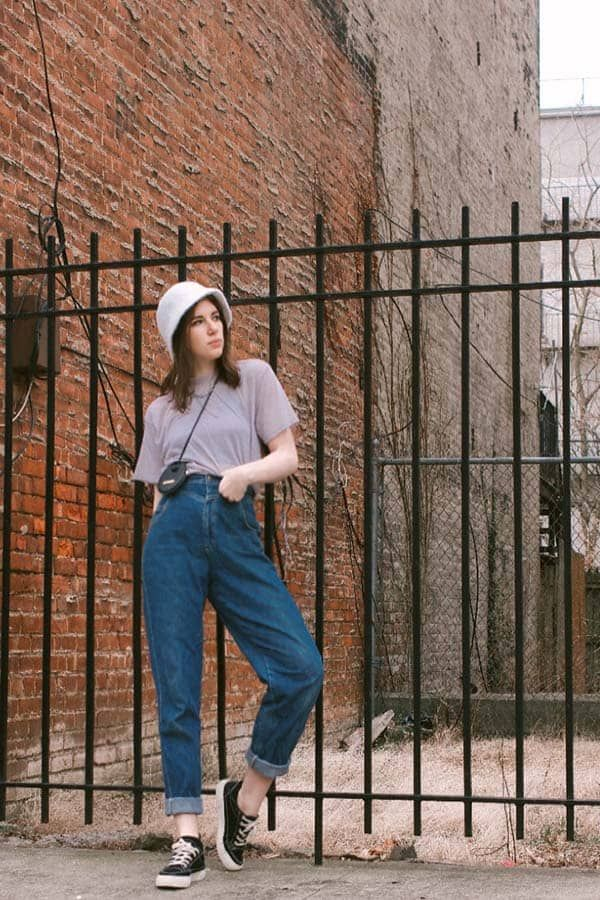 7 Bucket Hat Outfit Ideas That Will Make You A Fan Outfits With Hats Bucket Hat Outfit Boho Style Hats