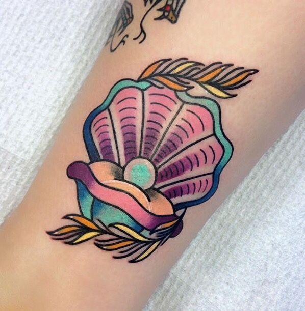 Mermaids and tropical tattoos blog insta :mermaids_luv
