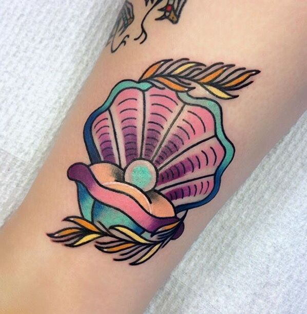 Mermaids and tropical tattoos blog insta :mermaids_luv