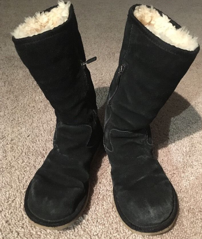 37.40$  Watch now - http://viibe.justgood.pw/vig/item.php?t=lcm2pr40143 - Black With Zippers Original Ugg Boots Size 7 Sheepskin 37.40$