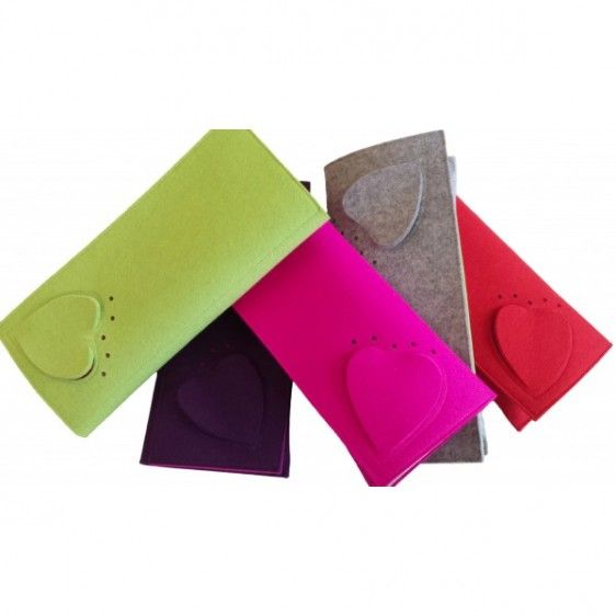 """""""Macarons"""" clutch, made with felt material, by Pompon"""
