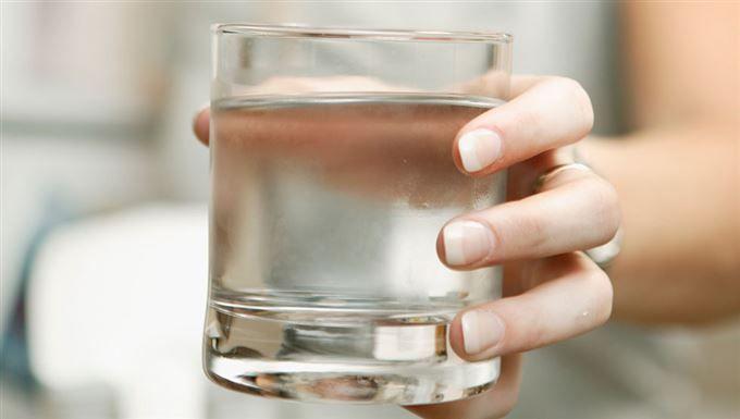 Dietisten: Därför ska du inte dricka till maten