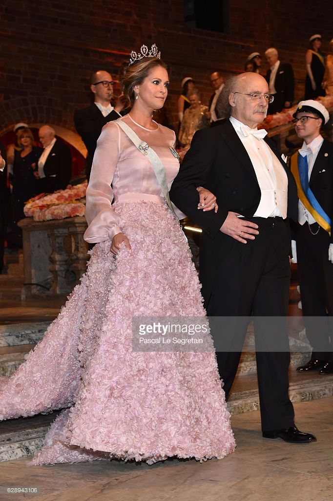 orderofspeldnor:   Nobel Prize Ceremony, Stockholm, Sweden, December 10, 2016-Princess Madeleine of Sweden and Professor F. Duncan M. Haldane, laureate of the Nobel Prize in Physics; Madeleine wore a gown by Fadi El Khoury paired with the Connaught Diamond Tiara and diamond earrings and necklace