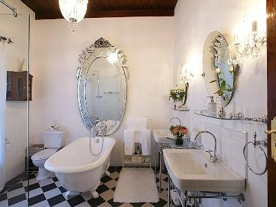 109 best images about victorian bathroom on pinterest for Small victorian bathroom design