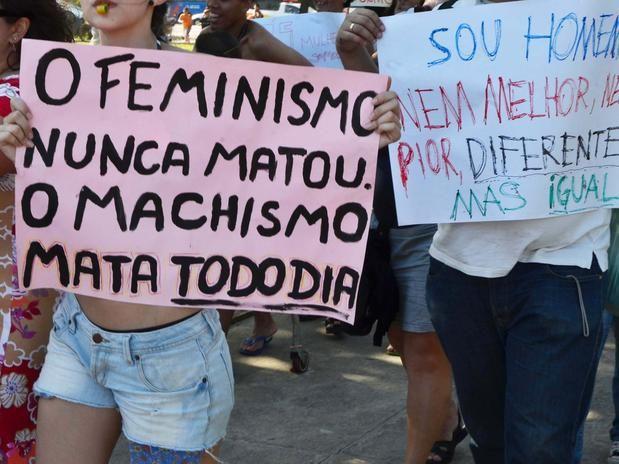 """""""Aborto Ilegal:feminicídio de Estado"""" é o tema que será levado às ruas na quinta edição da Marcha das Vadias , que acontece neste sábado em São Paulo. A concentração terá início às 11h, no Vão Livre do MASP."""