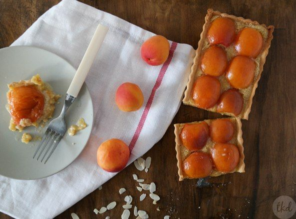 Apricot and almond #tart with disaronno - theoDORA's kitchen diaries