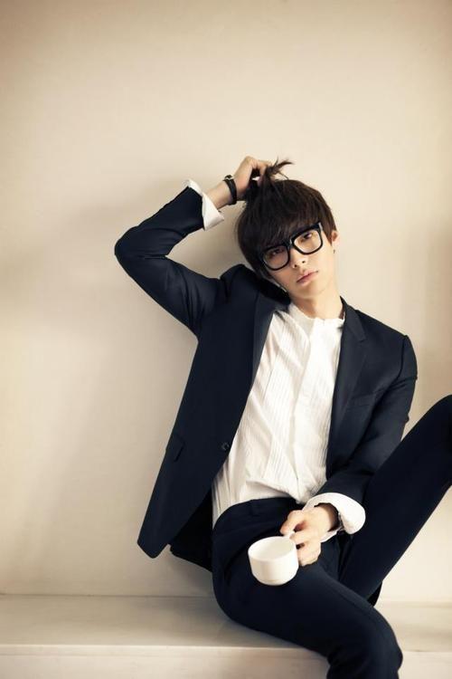 "Ahn Jae Hyun oppa! (still can't believe he's my ""oppa""! 27? Really? Asians!lol)"