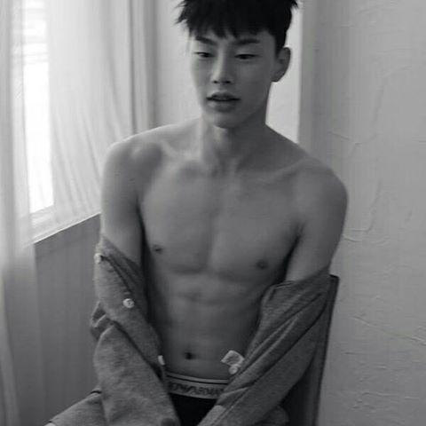 Kwon Hyunbin (권현빈) *_*