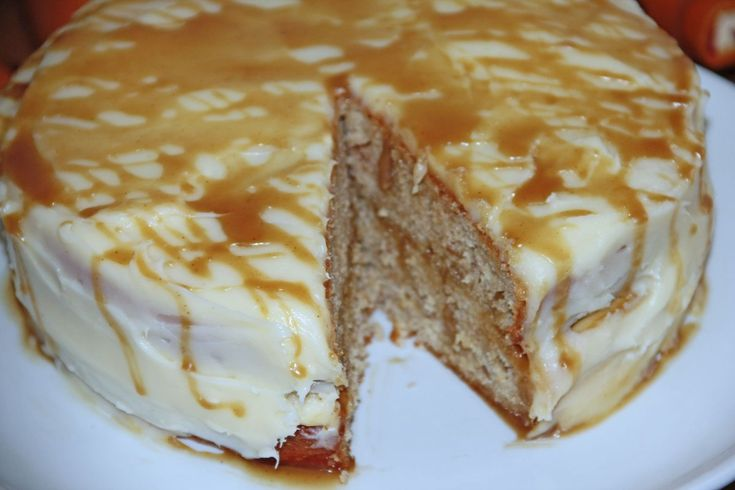 Cinnamon Applesauce Cake with Cream Cheese Frosting  #caramel #cake #applesauce #creamcheesefrosting