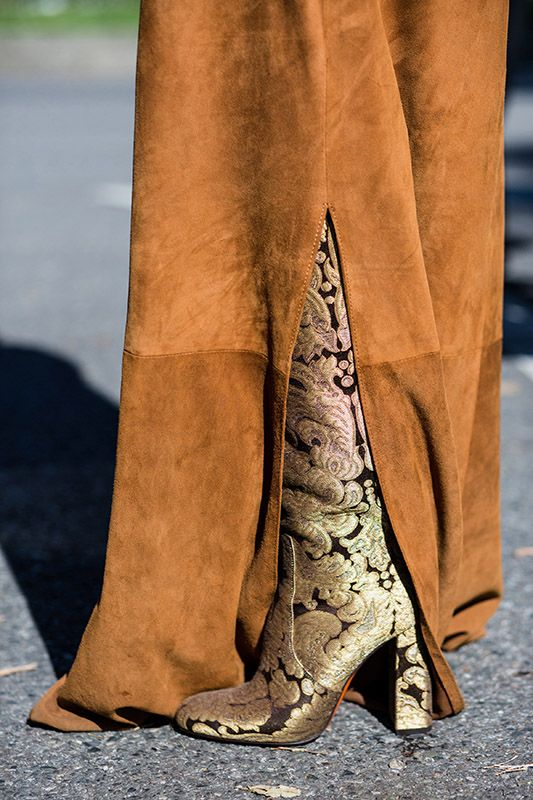 SS16 Streetstyle details extra long brown max dress