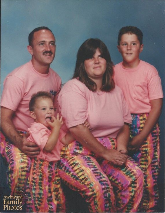 awkward family portraits, matching outfits