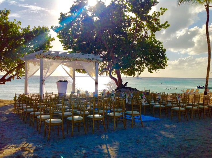 The gorgeous beach of La Romana, Dominican Republic is the perfect location for a quiet wedding ceremony like this setup at Dreams Dominicus Resort & Spa!