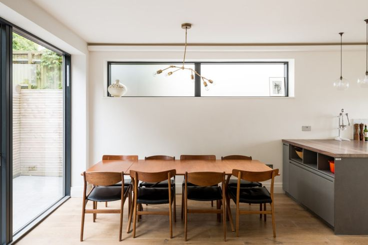 This beautifully remodelled 1930's house with five bedrooms and a landscaped terraced garden sits high on the hill with wonderful views across London. The space has been excellently engineered by the architects to create living accommodationthat extends to almost 2,000 sq ft. The double-fronted house is approached via steps that pick through the terraced front […]