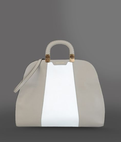 Armani. Really pretty: Armani Bags, Armani Real, Armani Dame, Style, Fashion Bags, Emporio Armani, Fashion Styl, Giorgio Armani, Armani Tops
