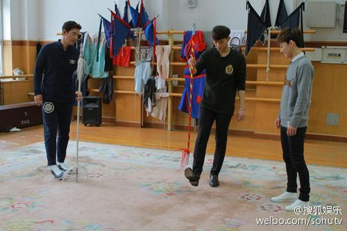 Tao, Chen - 150301 Ding Ge Long Dong Qiang promotional image  Credit: Sohu.