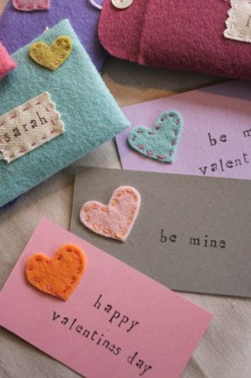 valentines craft cards felt heart stitched on