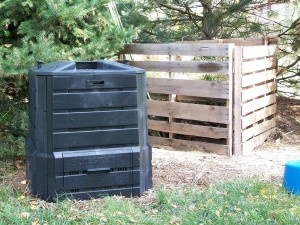 Compost Bins For The Home –Types Of Composting Containers And Compost Bin Plans