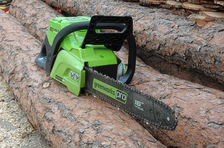 Greenworks 60V Chainsaw Review  Find out what happened when the Greenworks 60V Chainsaw sank its teeth into some logs in our recent battery-powered chainsaw shootout!   #greenworks #chainsaw #OPE #landscaping #forestry   https://www.protoolreviews.com/tools/outdoor-equipment/greenworks-60v-chainsaw-review/29129/