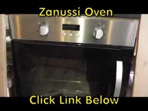 Zanussi Easy Tips: Clean your oven with baking soda - YouTube .  Großzügig Natron auf der verschmutzen Ofentür verteilen. 2. Etwas Wasser auf das Pulver einsprenkeln. 3. Die blubbernde Mischung ein paar Stunden einziehen lassen (Achtung: Ofen nicht einschalten!) 4. Mit einem Schwamm oder Papier-Küchentuch alles abwischen. 5. Nachprüfen, ob ihr euch jetzt tatsächlich in der Tür spiegeln könnt. Ja, funktioniert. Sehr schön!