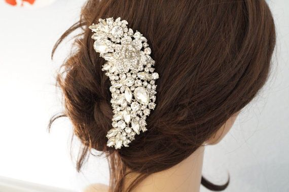 Bridal Hair Comb, Crystal Hair Comb, Wedding Hair Accessories, Vintage Inspired Bridal Hair Comb, Bridal Hair Accessories by AFondAffair on Etsy https://www.etsy.com/listing/506306163/bridal-hair-comb-crystal-hair-comb