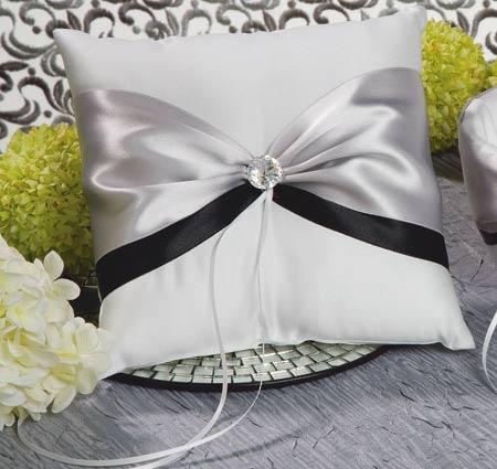Nostalgia Ring Bearer Pillow